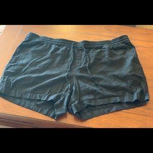 Black linen shorts; Old Navy; Plus size 3x